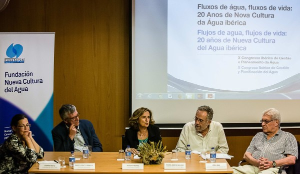De izquierda a derecha: Susana Neto, Narcís Prat, Helena Freitas, Pedro Arrojo y João Bau. Foto: FNCA