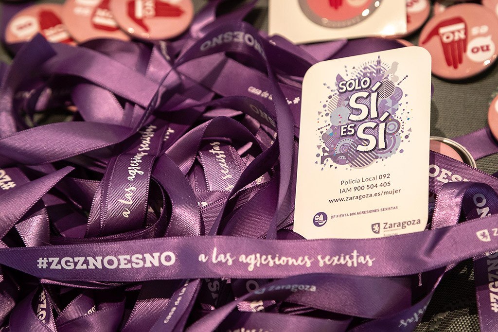 El mensaje 'Solo Sí es Sí', refuerza la campaña 'No es No' por unos Pilares sin agresiones sexistas