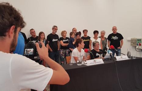 Familiares de los jóvenes de Altsasu valoran positivamente el acercamiento a prisiones de Euskal Herria pero exigen su libertad