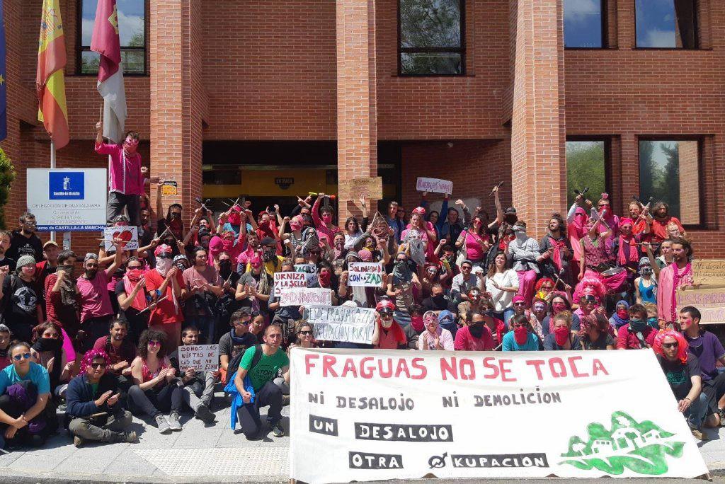 El CSA 'A Ixena' de Teruel organiza una jornada de apoyo al proyecto de «okupación rural comunitario» de Fraguas