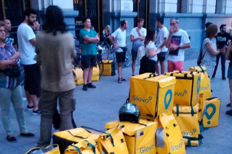 CGT denuncia que empresas como Glovo continúen empleando a personas que pagan con su vida la explotación
