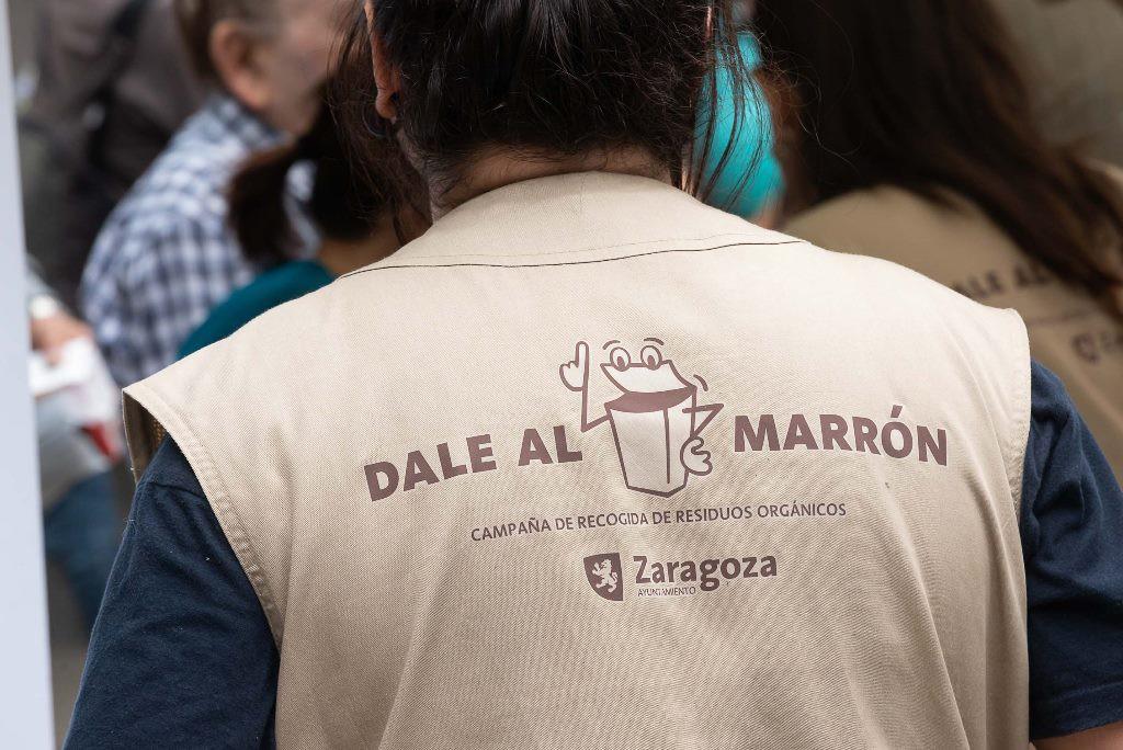 """El Ayuntamiento de Zaragoza valora """"positivamente"""" la acogida de la campaña informativa de recogida selectiva de materia orgánica puerta a puerta"""
