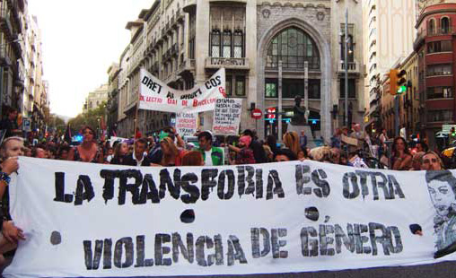 Una pareja trans denuncia una agresión sufrida en un bar de Zaragoza por su condición sexual
