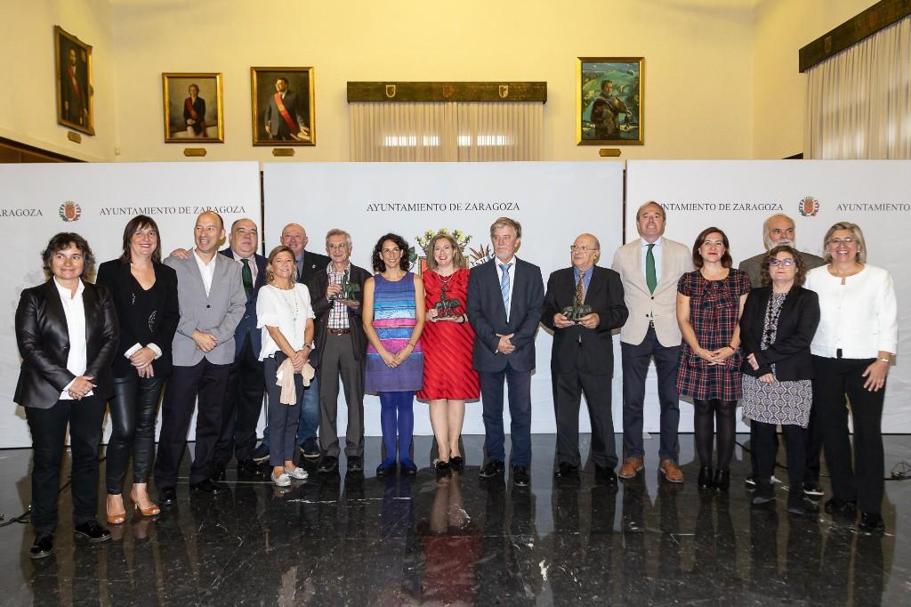 Entregados los títulos de Zaragozano y Zaragozana Ejemplar a Ricardo Álvarez, Ana Iritia y a la Asociación de Artistas Figurativos Aragoneses