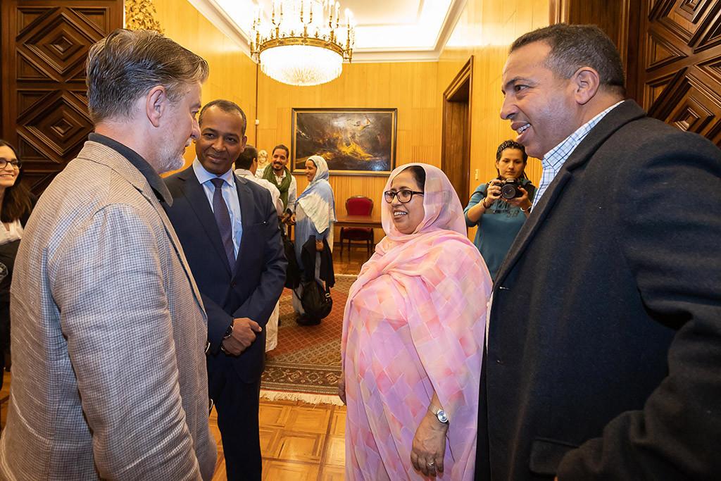 Zaragoza recibe a una delegación política del Frente Polisario para conocer la situación actual del Sahara tras 43 años de ocupación