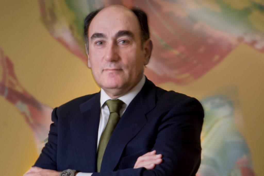 """El presidente de Iberdrola es galardonado por la Guardia Civil por """"estrecha colaboración y apoyo"""""""