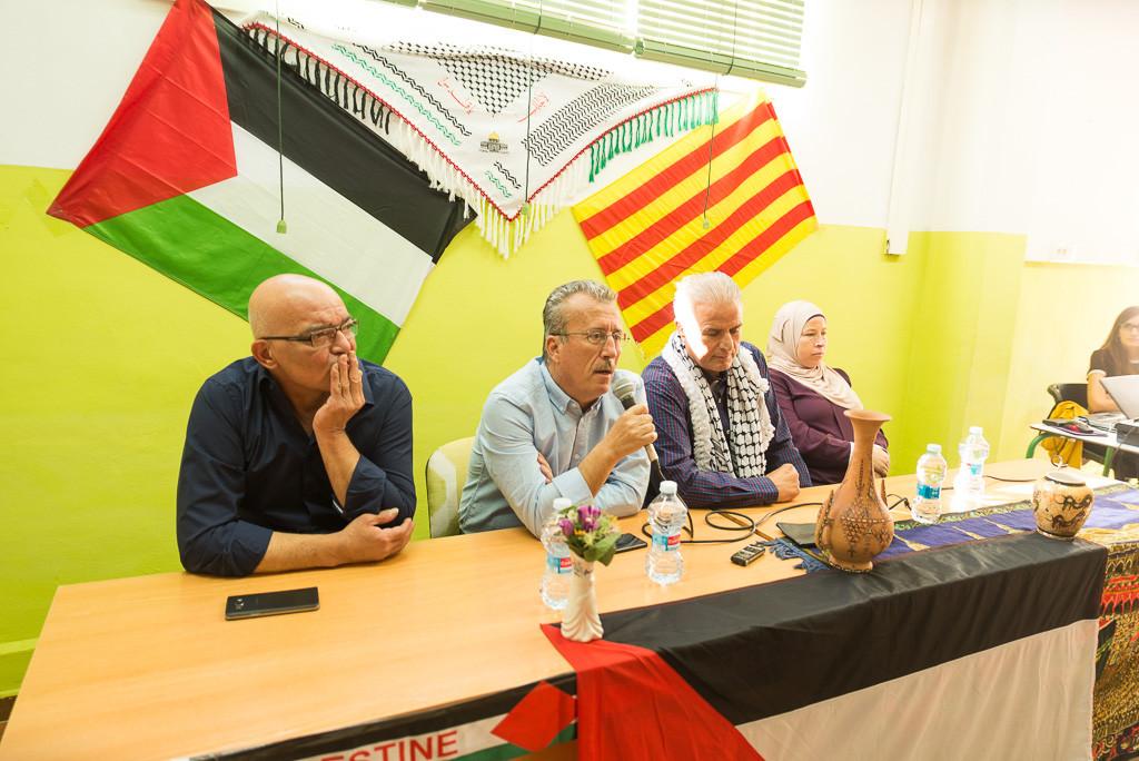 """Bassem Tamimi: """"Teníamos dos opciones, llorar por el sufrimiento que ejerce la ocupación israelí, o resistir y luchar.Elegimosresistir y luchar"""""""