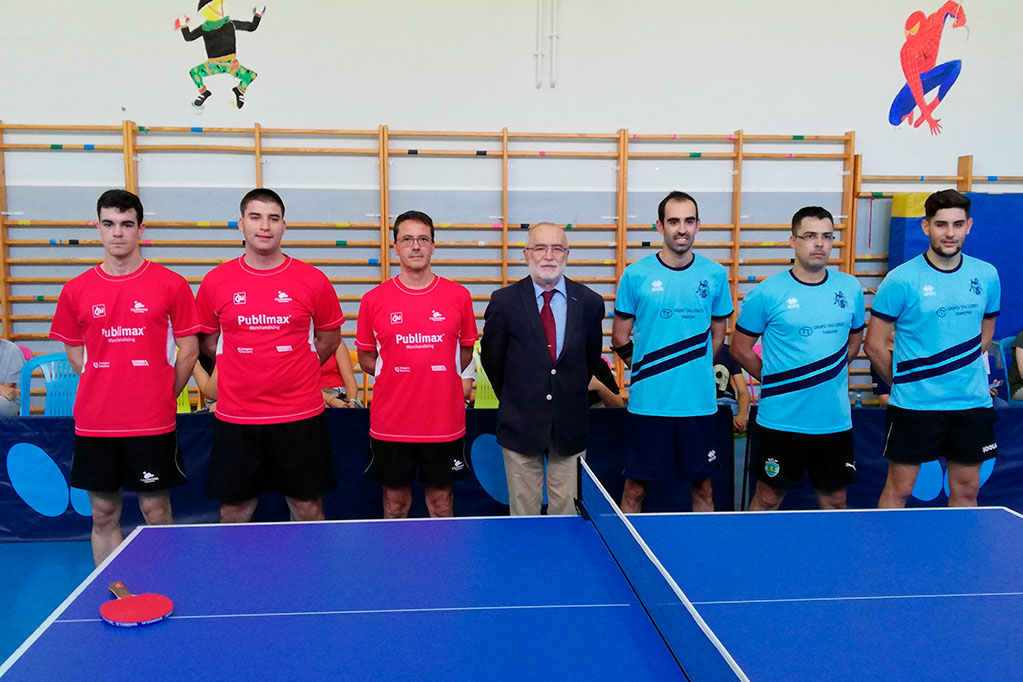 El Grupo Tarema Utebo debuta en las ligas estatales de tenis de mesa ganando el derby aragonés
