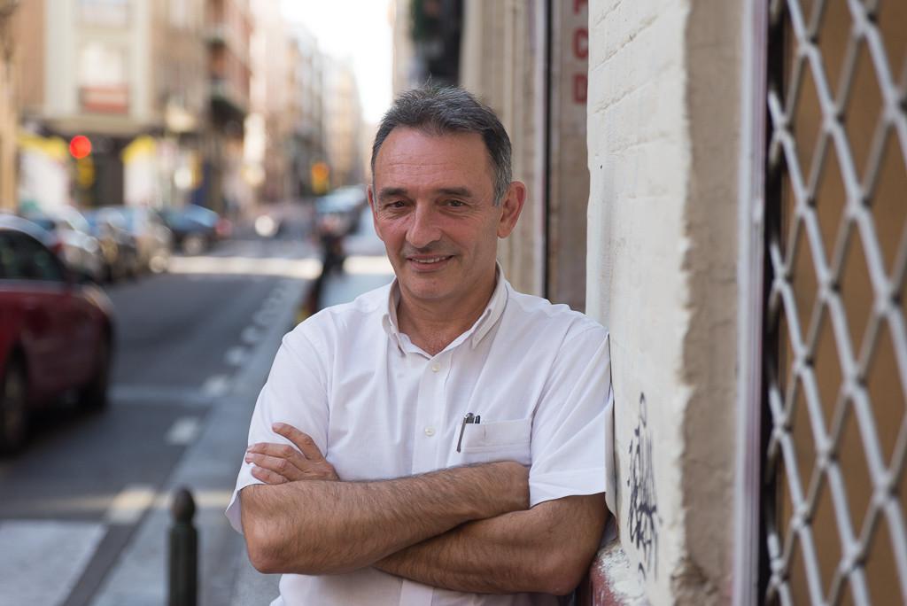 """Enrique Santiago, secretario general del PCE: """"Hay que tener mucho cuidado de no perderte en el laberinto institucional y abandonar la calle"""""""