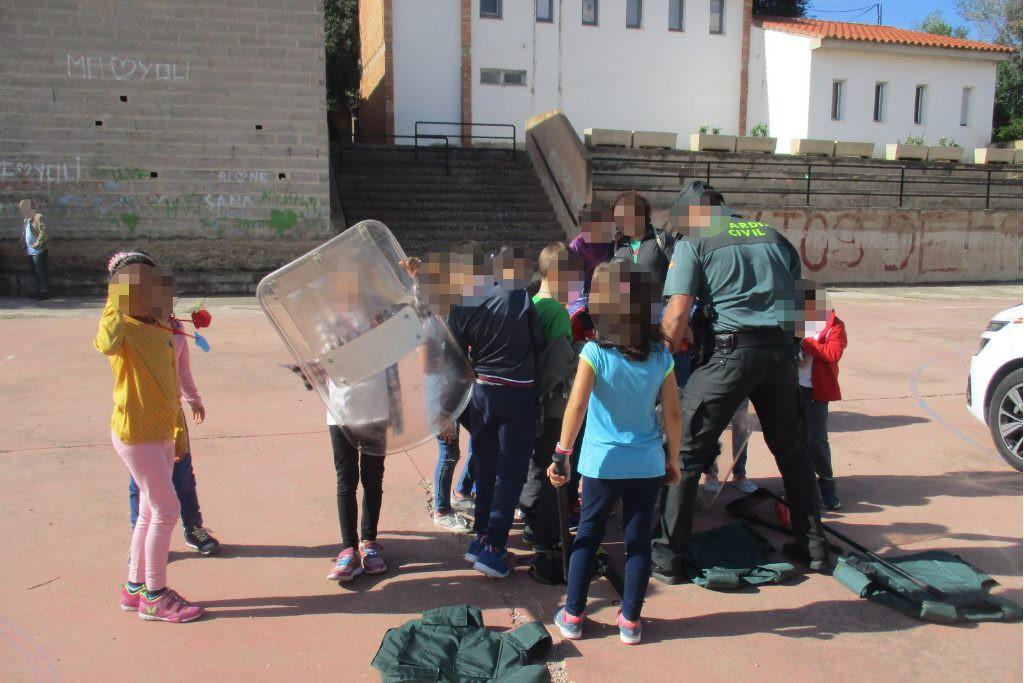 """CNT denuncia la campaña """"propagandística de violencia policial"""" en los Colegios Públicos de Teruel"""