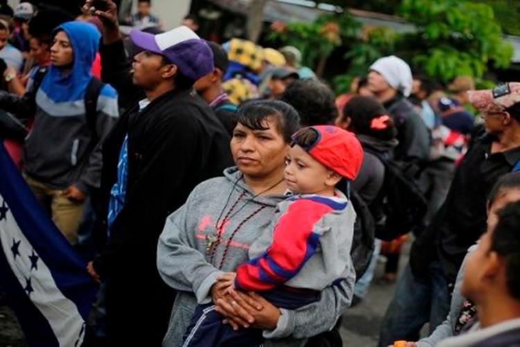 Las razones por las que 7.000 personas lo han abandonado todo y han huido de Honduras juntas