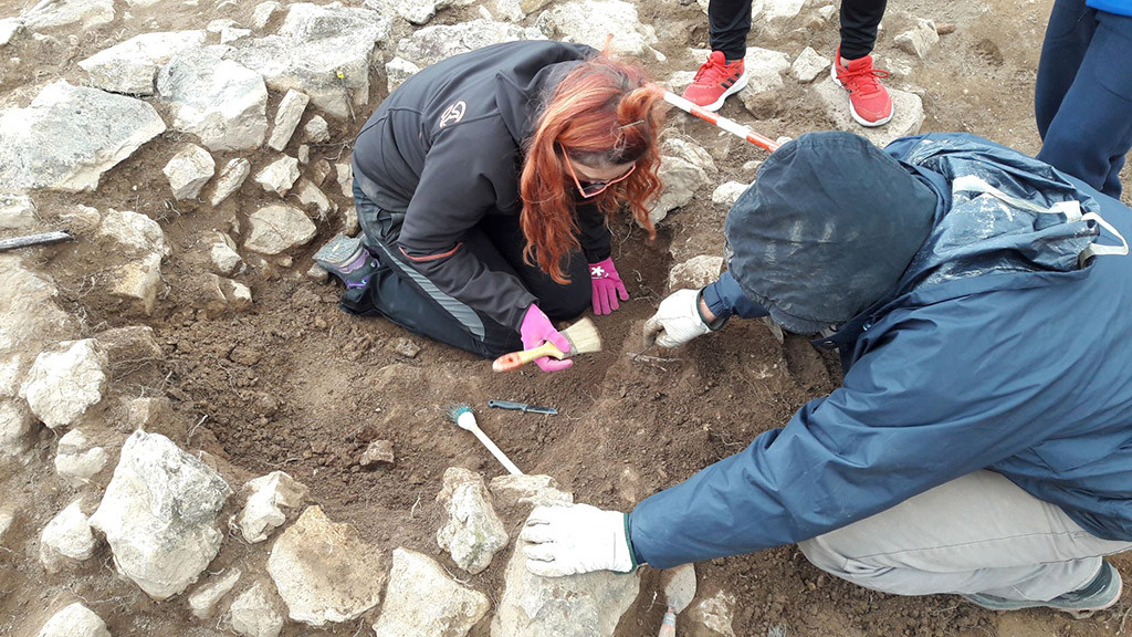 Excavación de la necrópolis ibérica en Aiguaviva con grandes resultados