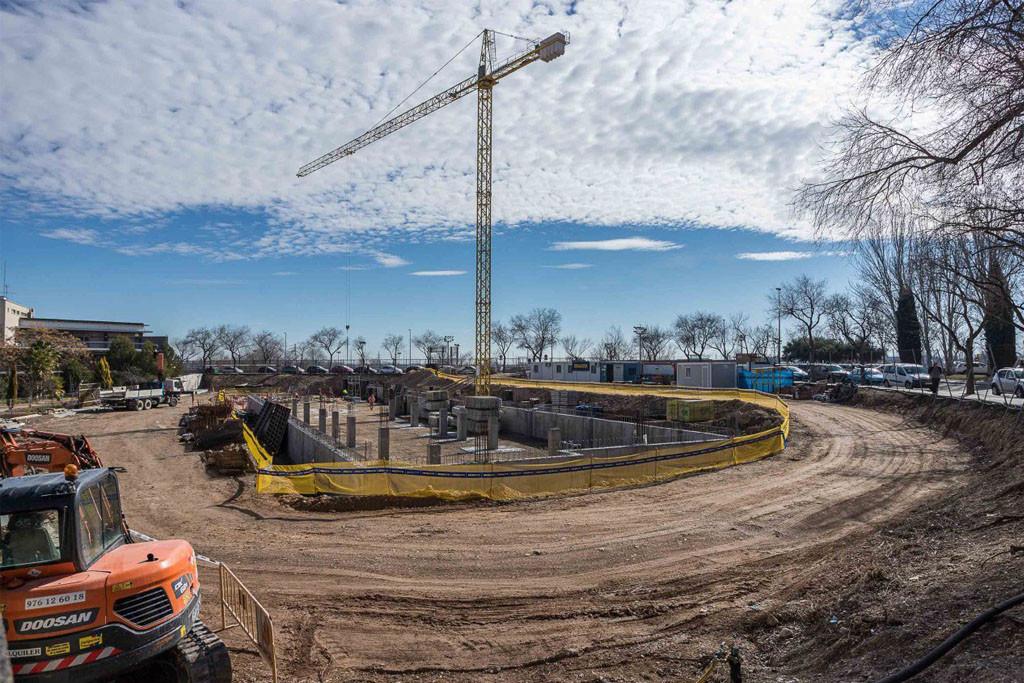 Asociaciones Vecinales exigen a Dragados que cumpla su compromiso de construir las viviendas tuteladas en Las Fuentes