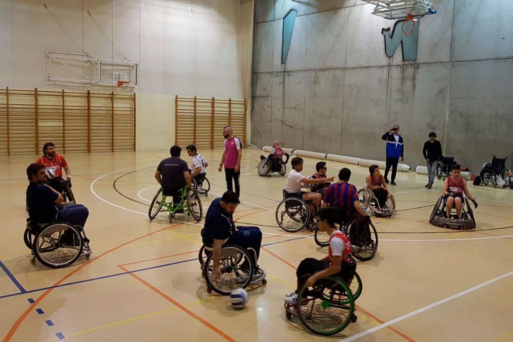 Rugby en silla de ruedas entre Bantierra Fénix y CAI Deporte Adaptado