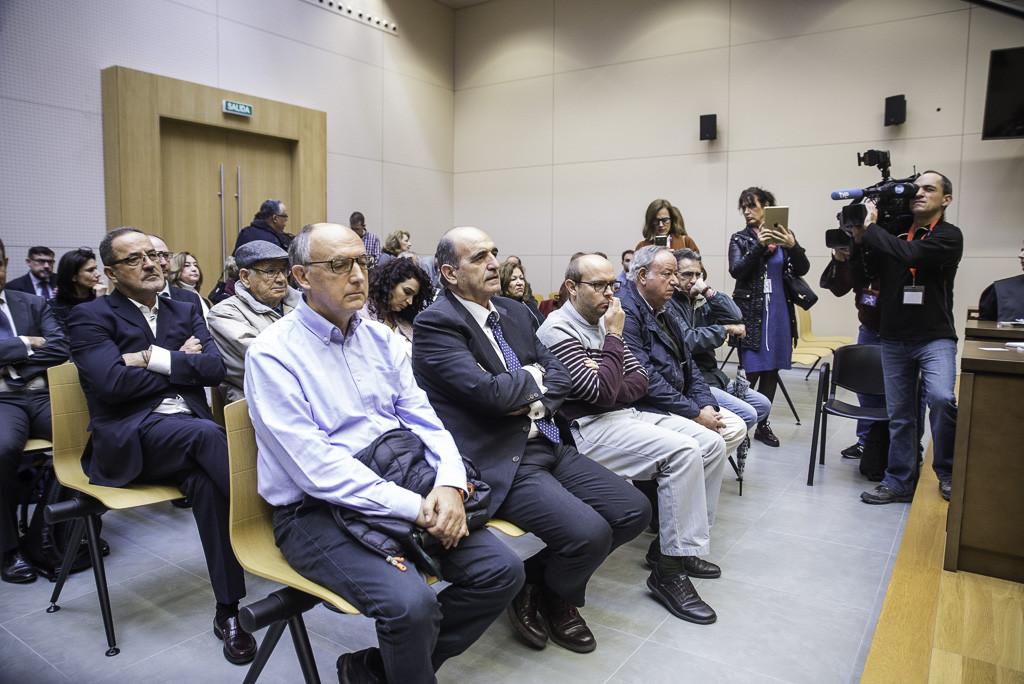Banquillo de los acusados este lunes. Foto: Pablo Ibáñez (AraInfo).