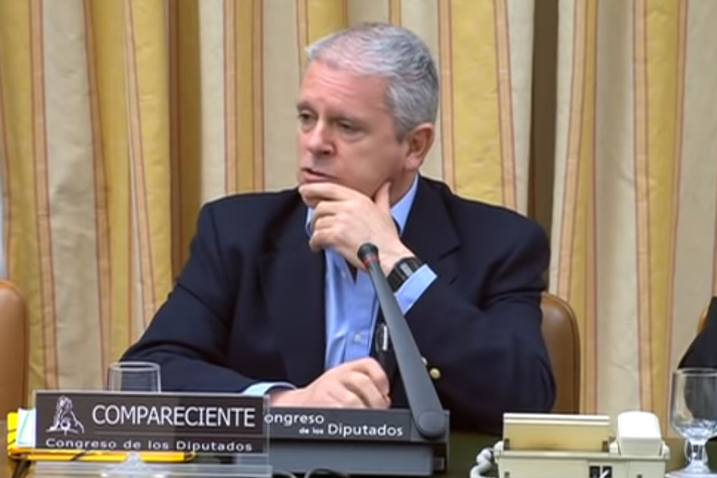 Pablo Crespo señala a Rubalcaba como partícipe de las 'Cloacas del Estado'