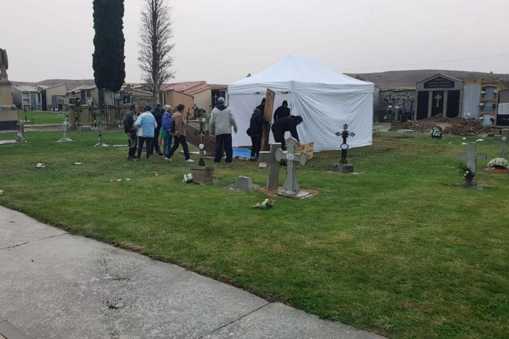 Comienza en el cementerio de Sádaba una nueva exhumación de víctimas de la represión franquista
