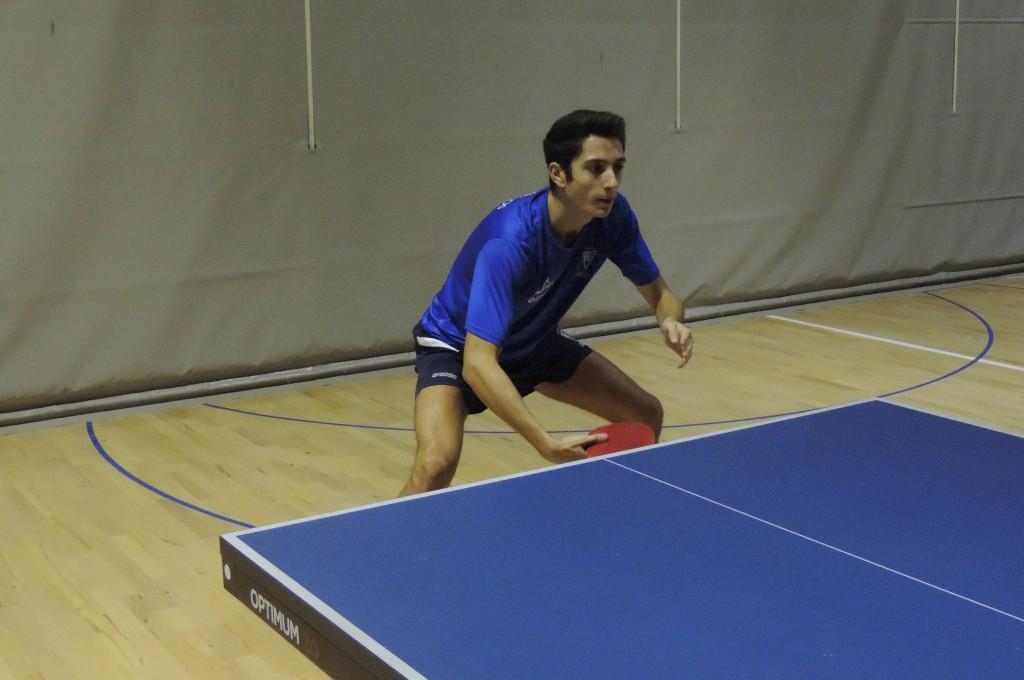 Complicado rival para los dos equipos del CN Helios de segunda estatal de tenis de mesa