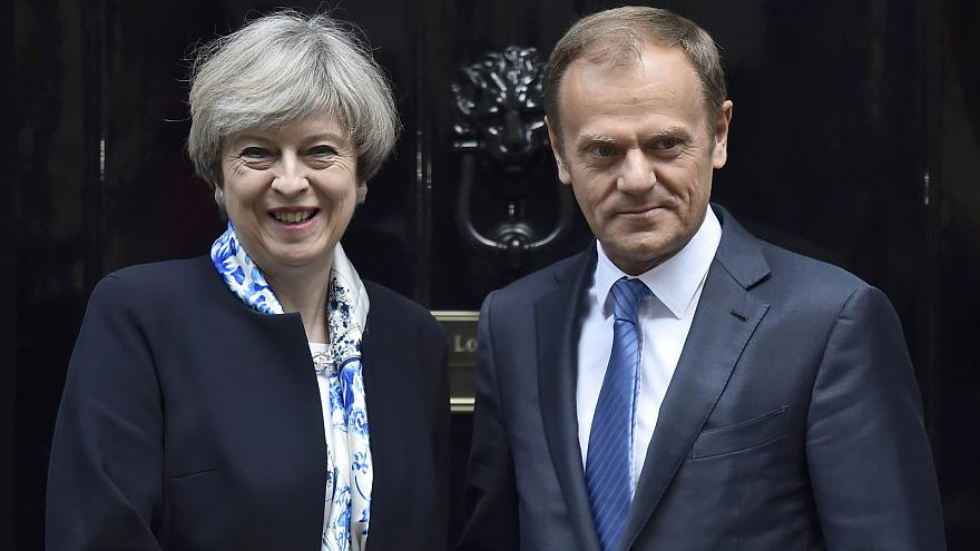Theresa May y Donald Tusk. Foto: EN