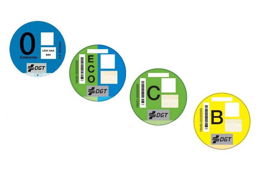 Se presenta una Proposición No de Ley para un cambio de las etiquetas de la DGT