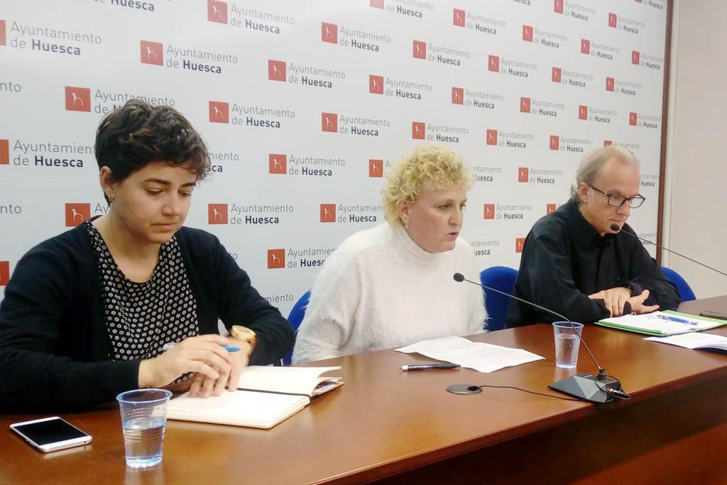 Denuncian al Ayuntamiento de Uesca por incumplir el acuerdo plenario sobre la huelga feminista