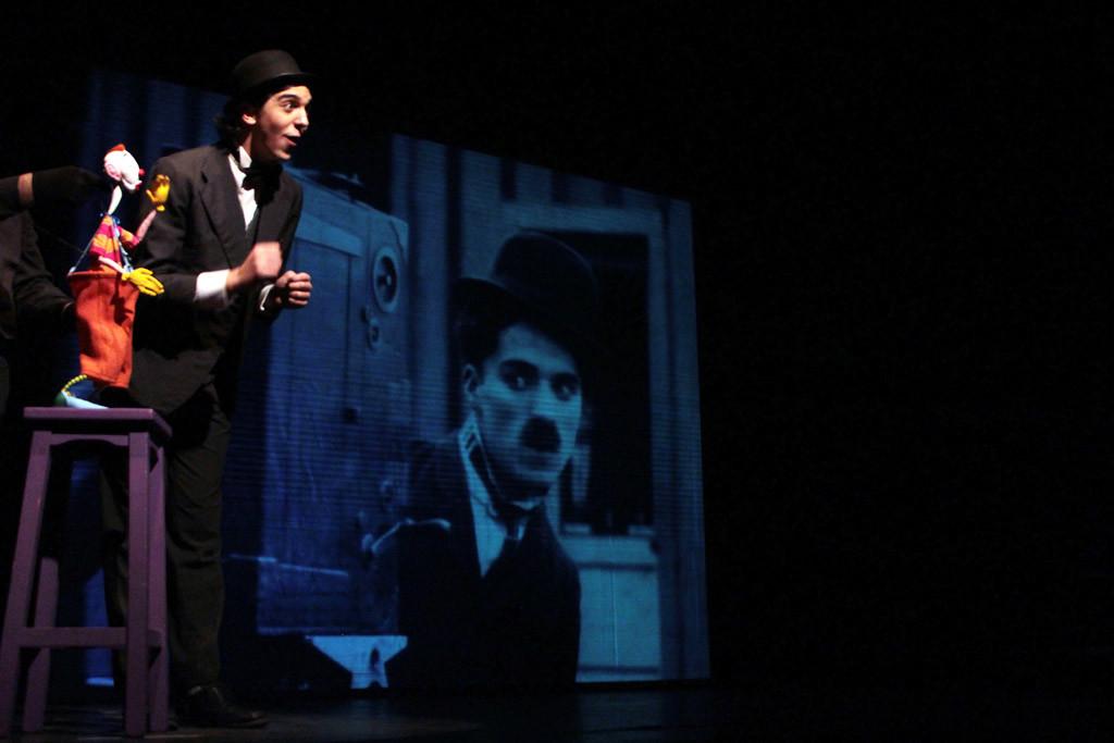 """Charlot visitará este fin de semana el Teatro Arbolé con """"Los poetas van al cine"""""""
