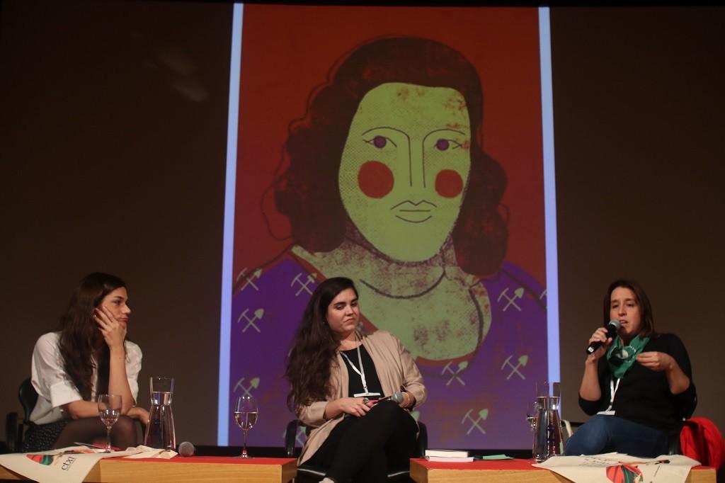 """Clara Serra: """"El feminismo no es una pieza más del tablero político, es el tablero sobre el que hacer política"""""""
