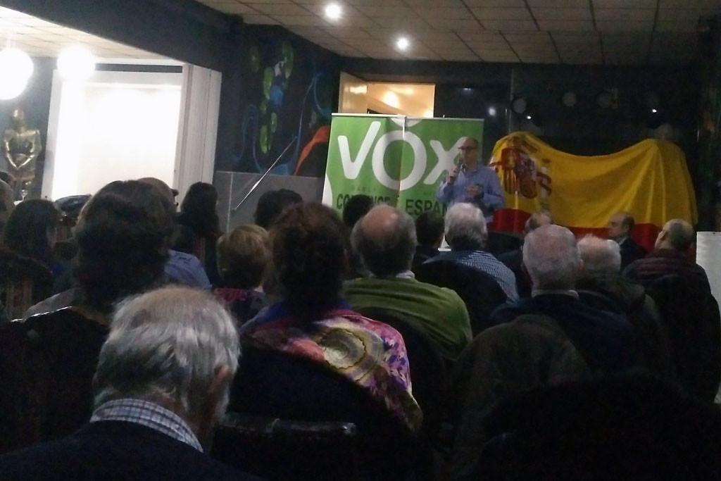 Nos colamos en una reunión de Vox sobre la ideología de género