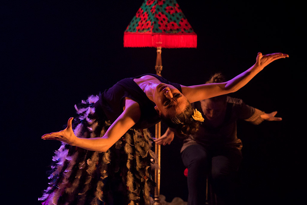 La bailarina Sara Calero lleva «Petisa loca» al Teatro de la Estación