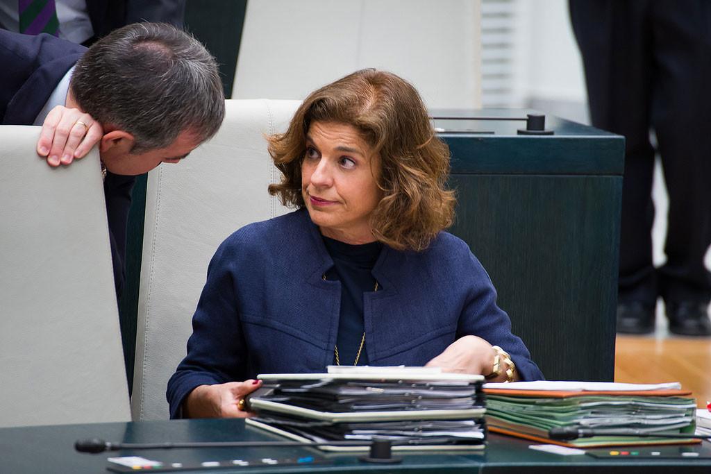 Ana Botella y siete personas de su Gobierno condenadas a pagar 25 millones por la venta de pisos a fondos buitre