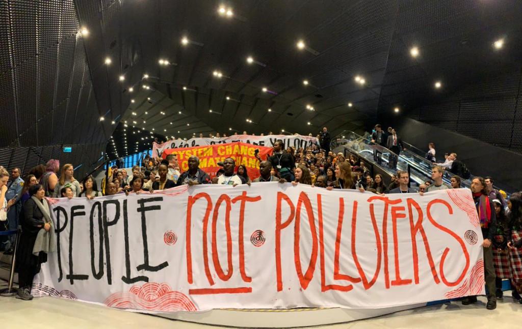 Protesta durante la COP24. Foto: Climate Action Network