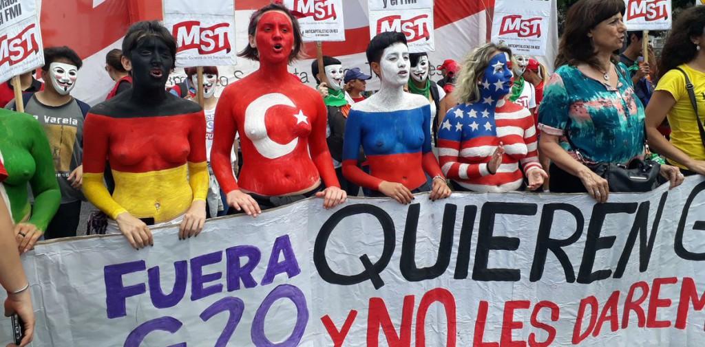 Argentina se moviliza contra las políticas neoliberales del G20