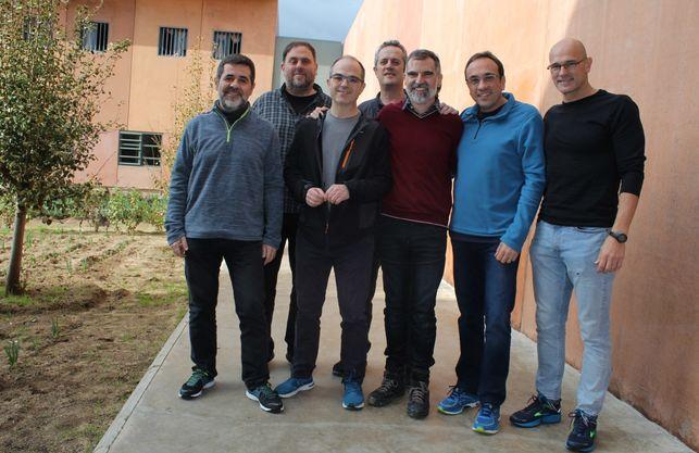 Joaquim Forn y Josep Rull se unen a la huelga de hambre indefinida de Jordi Sánchez y Jordi Turull