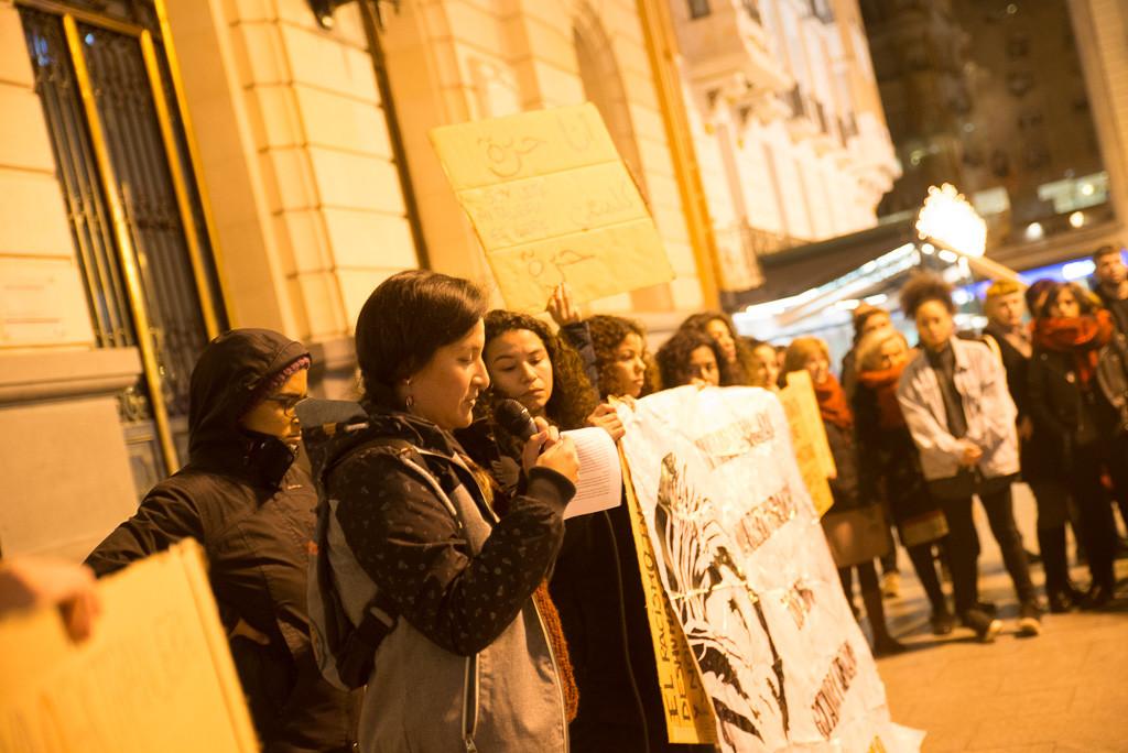 Concentración en apoyo a las temporeras de Huelva. Foto: Pablo Ibáñez.