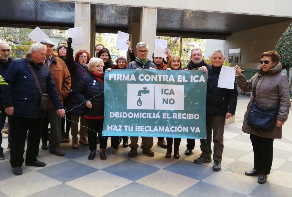 """La Red de Agua Pública de Aragón entrega 10.273 firmas contra el """"ICA de Lambán"""""""