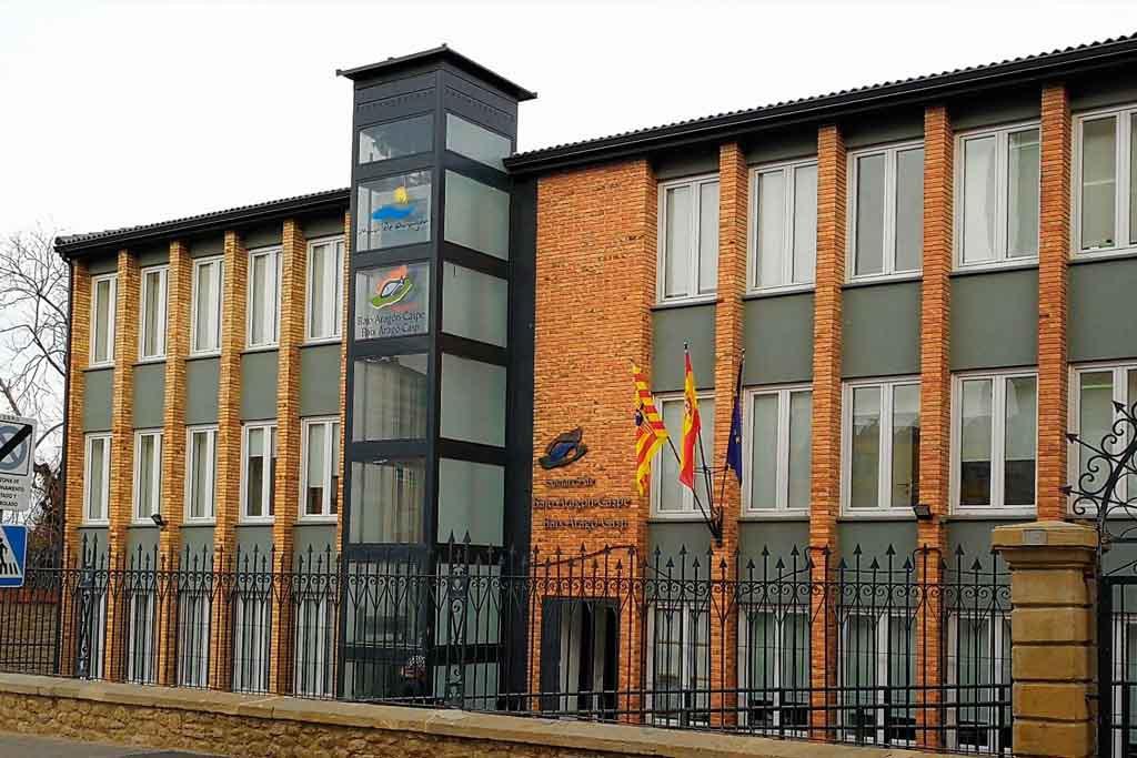 El Colegio de Trabajo Social de Aragón recuerda que son las administraciones quienes deben prestar asistencia jurídica a sus trabajadores