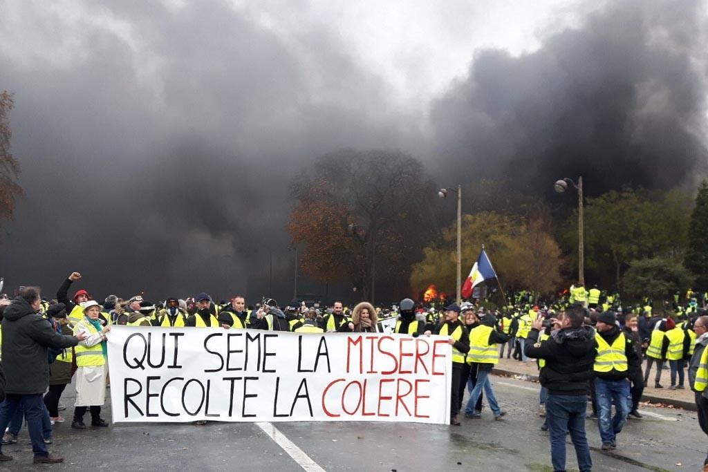 Protesta de los chalecos amarillos en París.