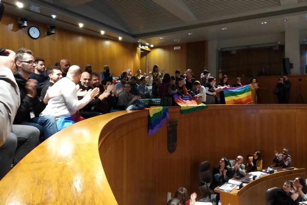 El Parlamento aragonés aprueba la nueva Ley LGTBI para la igualdad y la protección integral contra la discriminación sexual