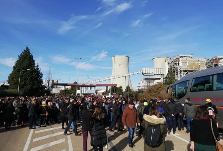 Andorra se moviliza contra el cierre de la central térmica