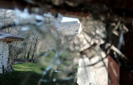 Disparan una bala contra el caserío de una familia vinculada a la izquierda abertzale en Amurrio