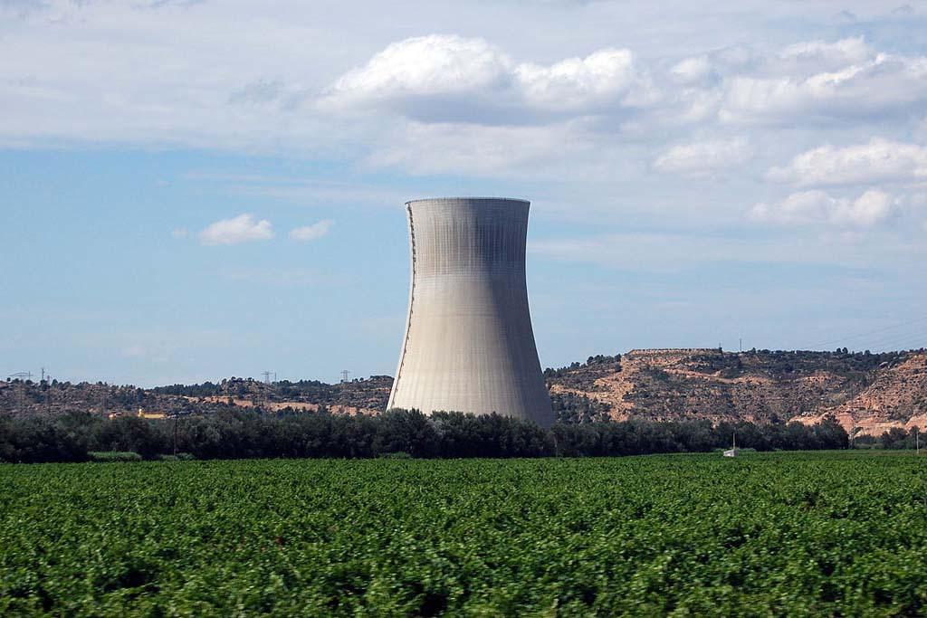 El acuerdo entre el Gobierno y las eléctricas sobre el calendario de cierre nuclear es inadmisible