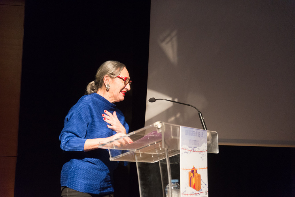 Luisa Gavasa durante el acto. Foto: Pablo Ibáñez (AraInfo)