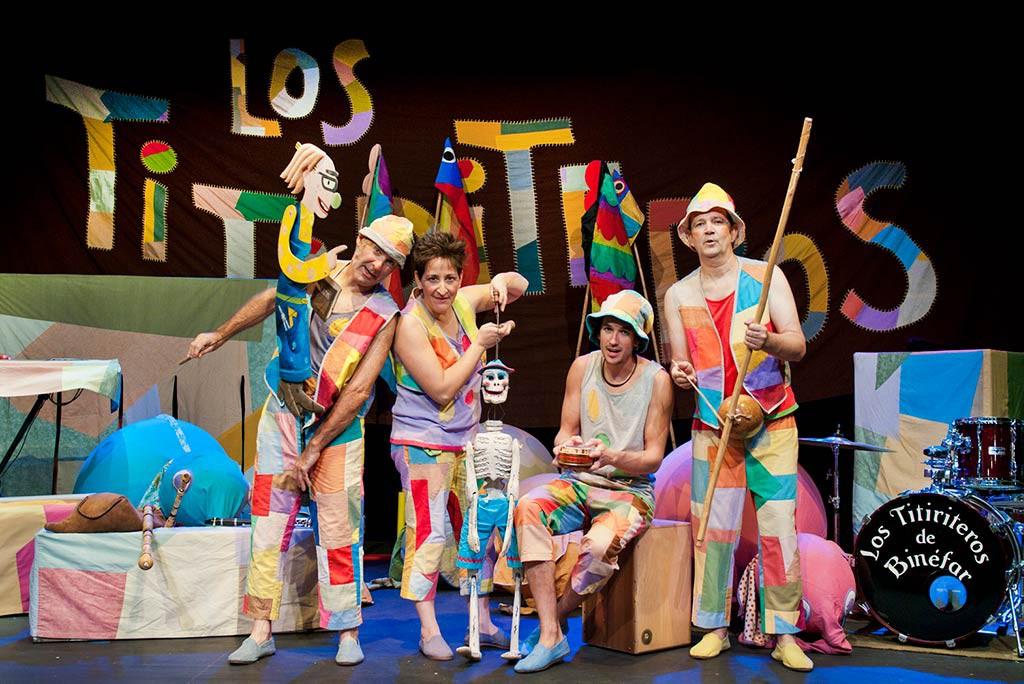 Los Titiriteros de Binéfar despiden la campaña Navideña en el Teatro de las Esquinas