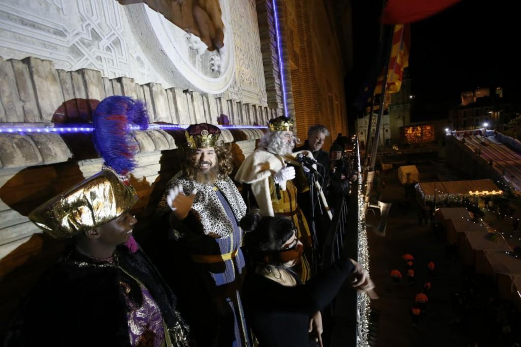 Los Reyes Magos y Reinas Magas llenan de ilusión y magia los sueños de miles de niños y niñas en Aragón