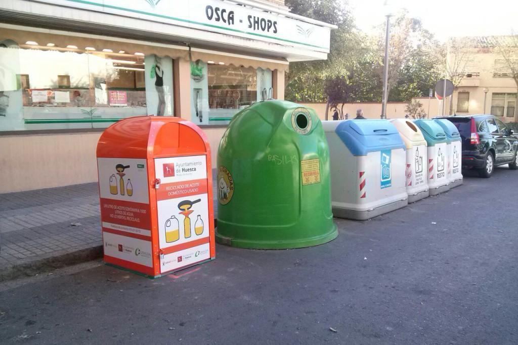 Cambiar Huesca pide que se controlen los vertidos de aceite usado en los puestos de comida ambulante