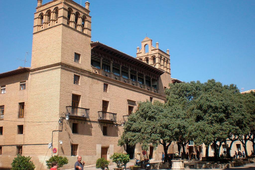"""Vivienda, empleo y cambio climático, """"claves"""" para Con Huesca Podemos Equo para el mandato"""