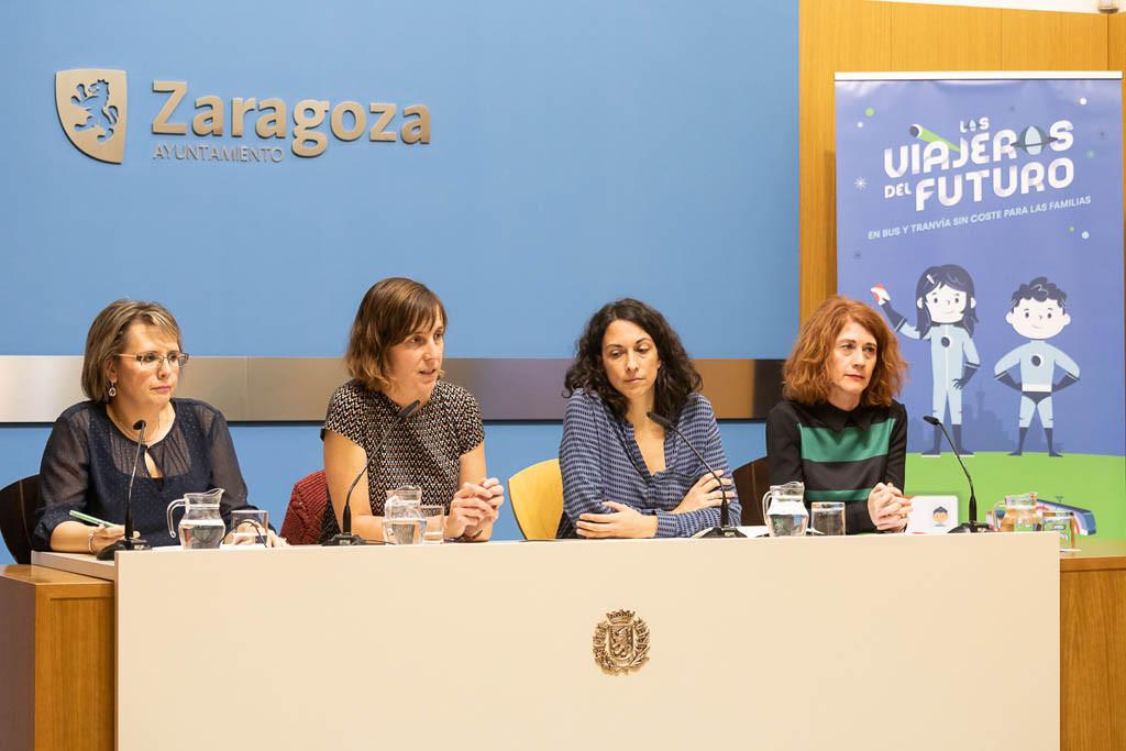 Nueva campaña del Ayuntamiento de Zaragoza para promover el uso del transporte público en familia