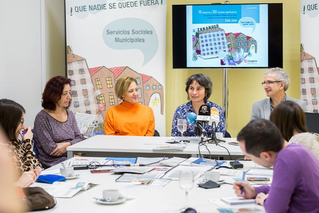 Luisa Broto celebra que no haya vuelta atrás en los avances conseguidos en los servicios sociales municipales