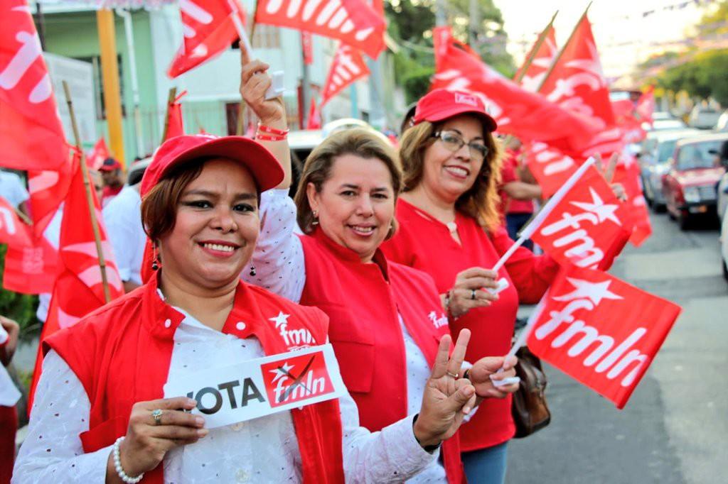 """El FMLN aspira a remontar y alzarse con el tercer mandato consecutivo en El Salvador """"por más Justicia Social»"""