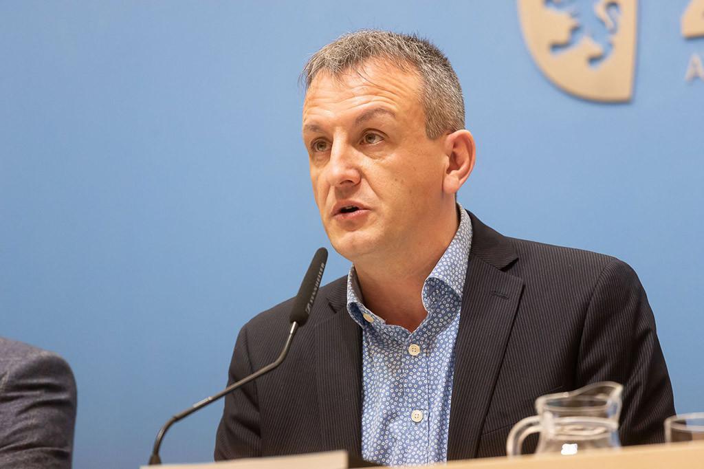 El Ayuntamiento de Zaragoza presenta un requerimiento ante Hacienda para que rectifique el cómputo de la deuda